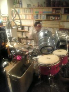 山口ともさんの「ドラムセット」